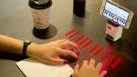 Gadget funciona como projetor a laser