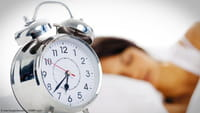 Dormir tarde aumenta risco de morte prematura