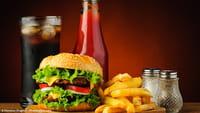 Caixas de fast food possuem químicos perigosos