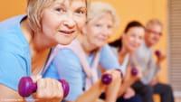 Fortalecimento físico evita queda de idosos