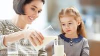Leite com cereal leva ao sobrepeso de crianças