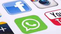 Tecla do Facebook interage com WhatsApp