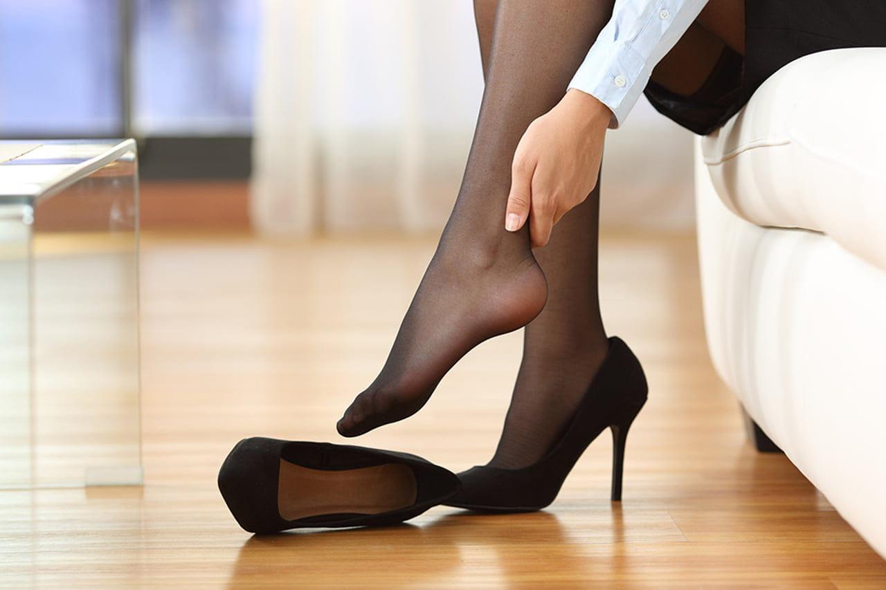 Todas pernas doem as manhãs e pés
