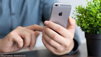 iPhone com tela curva e controle sem toque