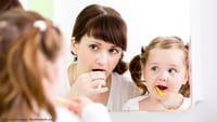 Chega a escova de dente com inteligência artificial