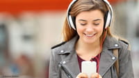 Jovens perdem audição cada vez mais cedo