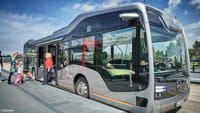 Future Bus da Mercedes dirige sozinho