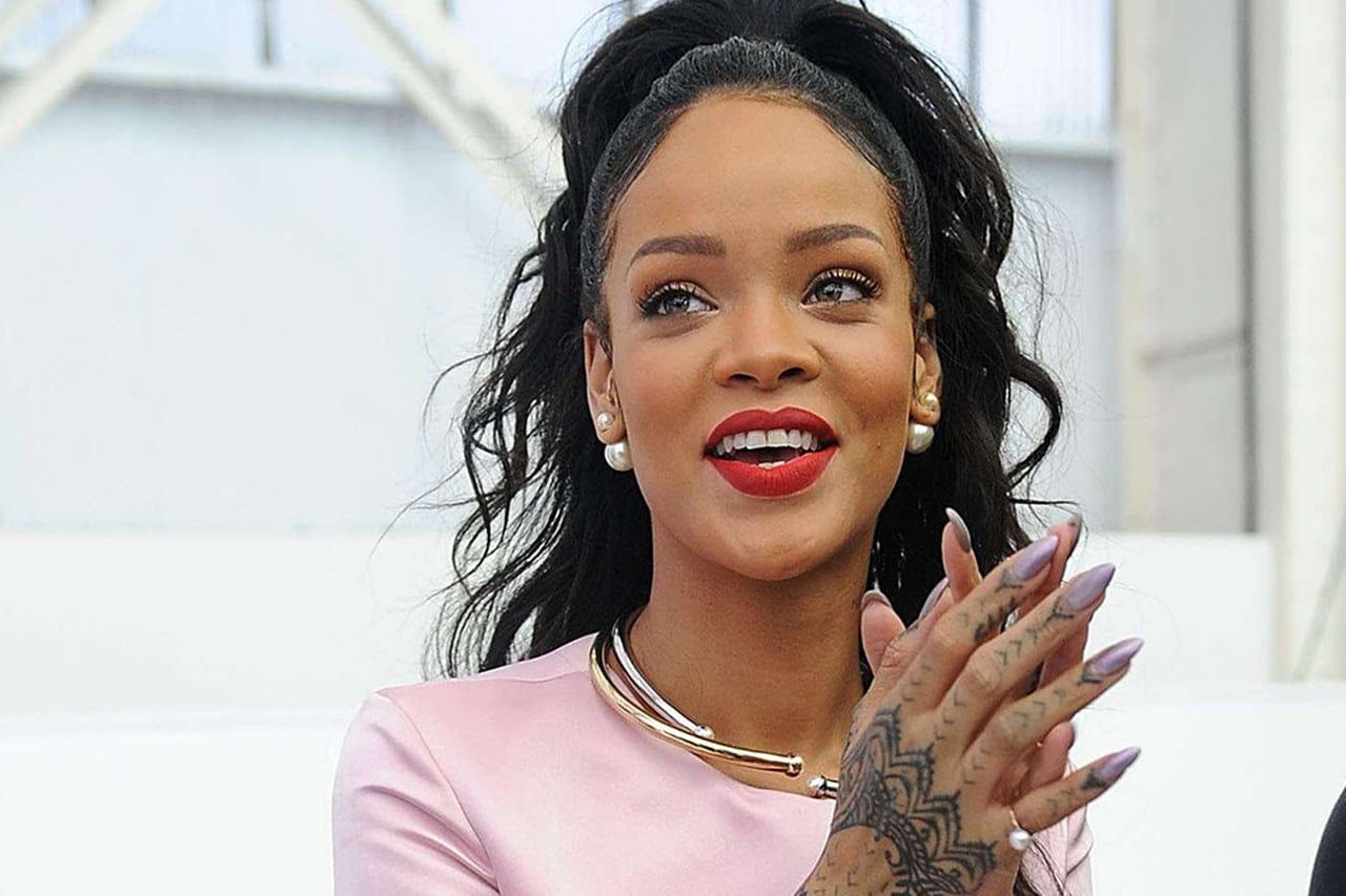 Aprenda a fazer a unha stiletto da Rihanna - A revista da mulher