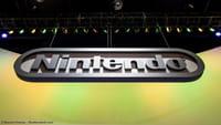 Nintendo lança console menor e mais barato
