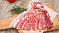 Uma fatia de bacon por dia já eleva risco de câncer